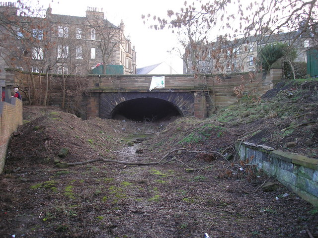 Northern end of the Heriothill (or, Rodney Street) Tunnel by Sandy Gemmill