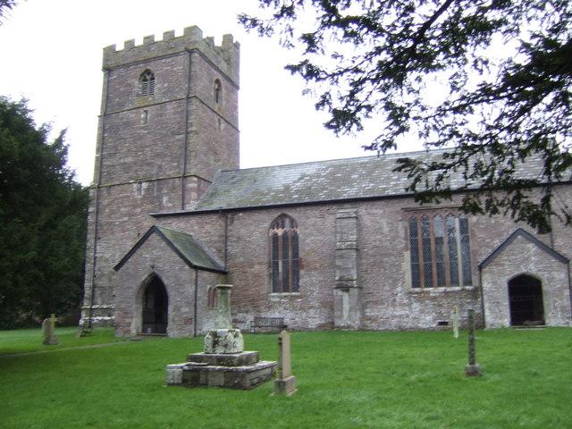 Church of the Archangel Michael, Cwmdu