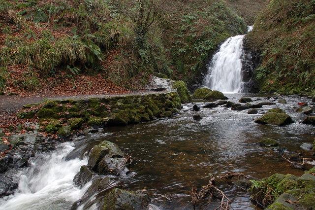 Glenoe waterfall (6)