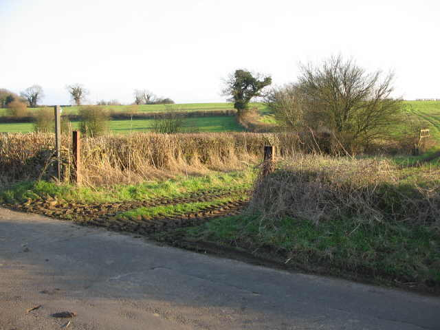 Public footpath to Westfield farm