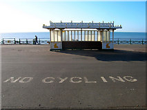 TQ2904 : Shelter, Hove Sea Wall by Simon Carey