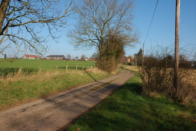Lane to the small hamlet of Aulden