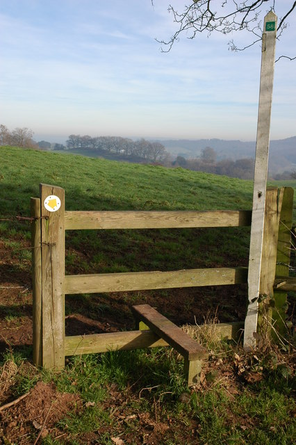 Stile and footpath, Castle Hill, Kingsford