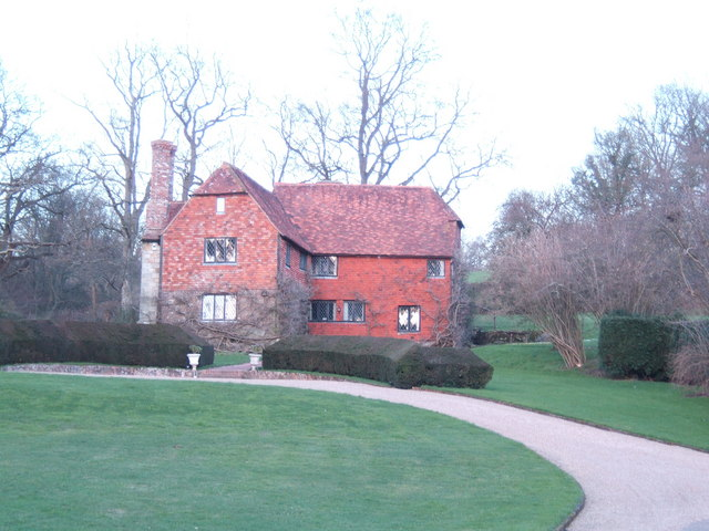 Immaculate Wealden house