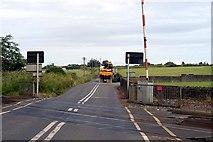 J1461 : Drumbane Level Crossing by Wilson Adams