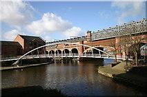 SJ8297 : Canal crossings by R lee