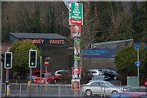 J2764 : Vote for ME . . . by Albert Bridge