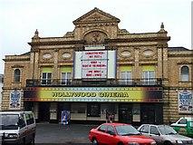 TG5307 : Hollywood Cinema, Great Yarmouth by Bob Crook
