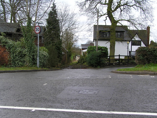 Entrance to Hazelstrine Lane on A34