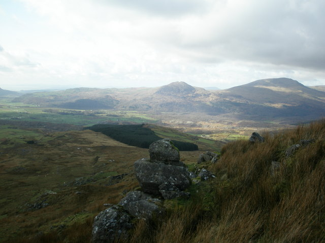 Rocks on side of Moelwyn Bach