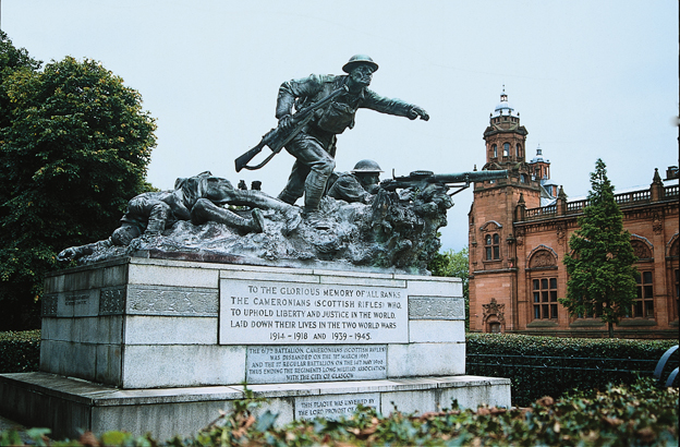 War memorial to all ranks of Cameronians, Kelvingrove Park