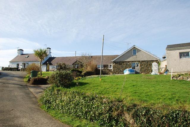 Cyll y Felin Fawr near Aberdaron
