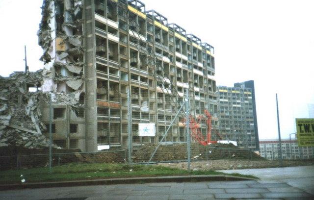 Hyde park Flats Being Demolished