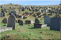 SH1726 : Mynwent Hywyn Sant Aberdaron St Hywyn's Churchyard by Alan Fryer