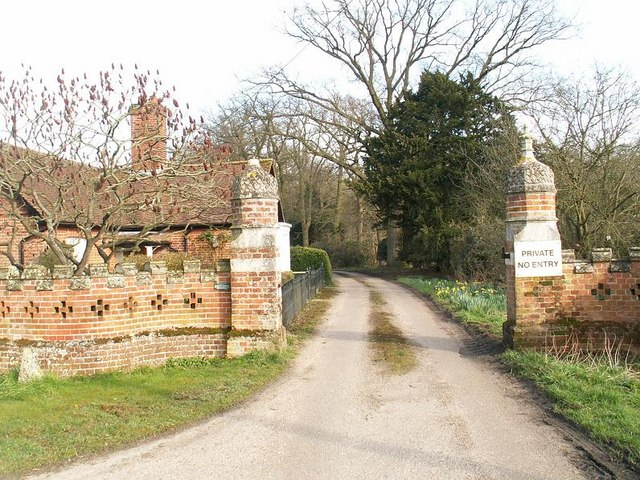 Entrance and Gate House, Thelveton Hall