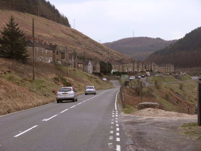 Houses along Glyn Corrwg