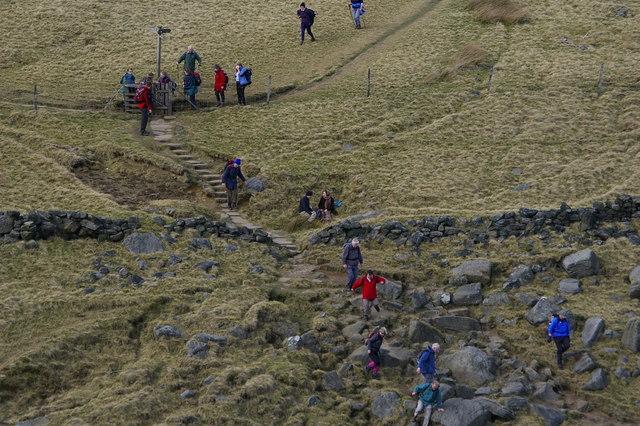 The Bronte Way descending to Bronte Bridge