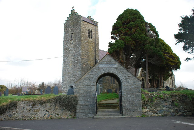 Eglwys Llannor Church