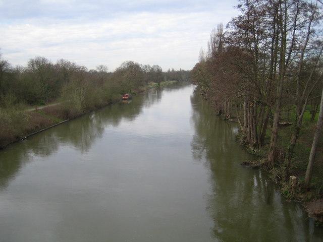 River Thames: Desborough Channel