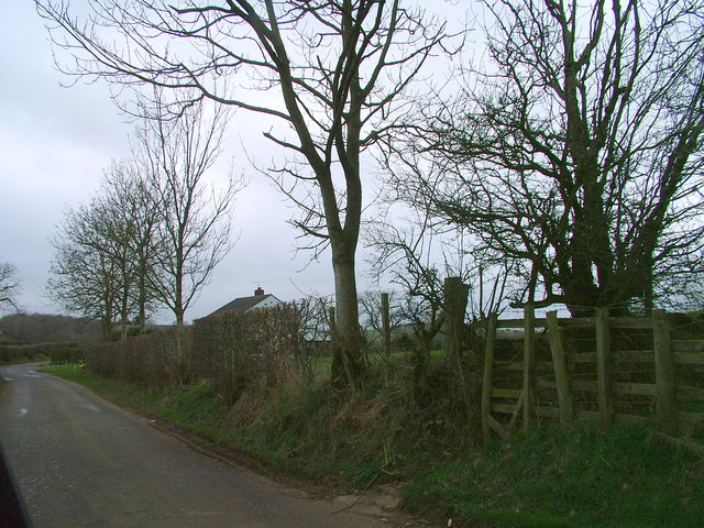 Road near Cote House