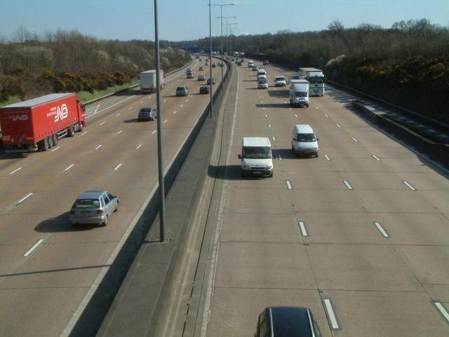 M25 Eastbound at Walton Heath