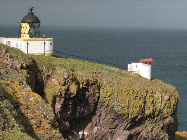 Light and foghorn, St Abb's Head