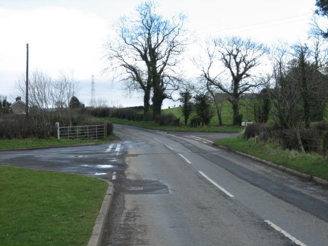 Moorcroft road (left) and Ballynagarrick Road join Mealough Road