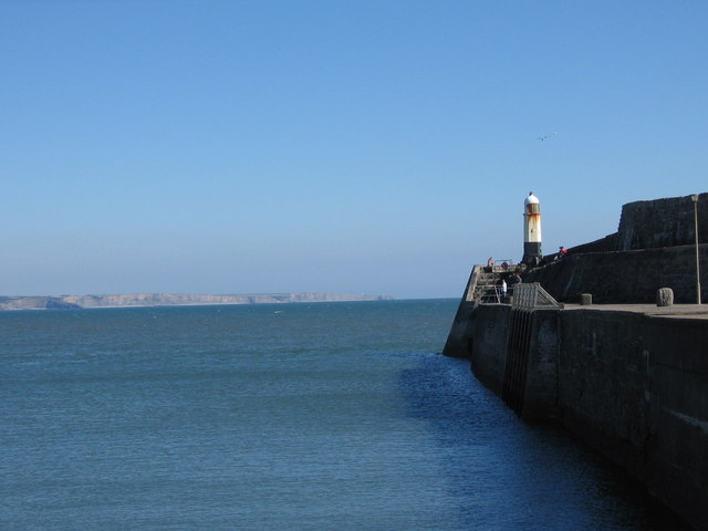 Porthcawl Harbour Lighthouse