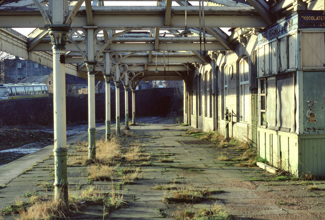 Aboyne Station by Rod Richmond
