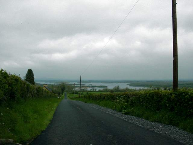 Minor road up Knockninny Hill