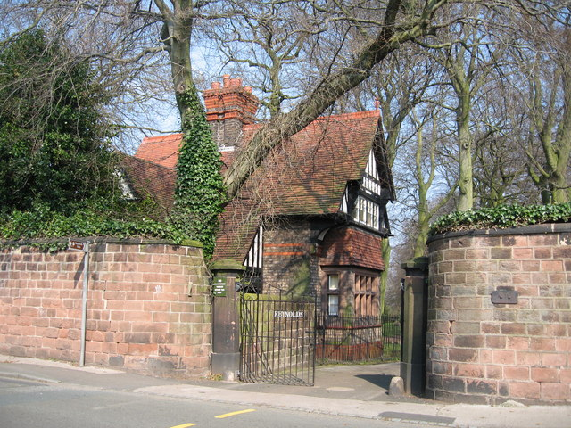 Lodge and Entrance to Reynold's Park