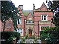 SJ8589 : Abney Hall, Cheadle by Mike Harris