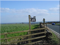 SE2094 : Bridleway and farm sign by Frank Glover