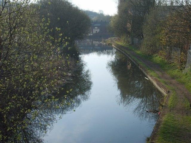 View from Garratt's Lane Canal Bridge