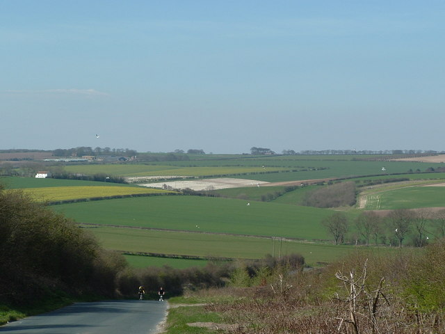 Little Broach Dale and Swaythorpe in distance taken from Kilham -Thwing road