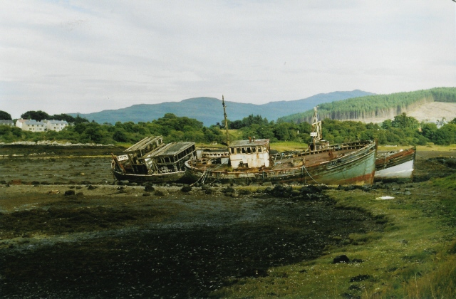Wrecks at Salen