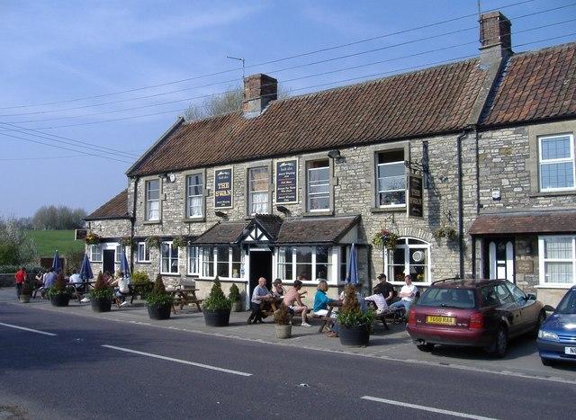 The Swan Inn, Swineford