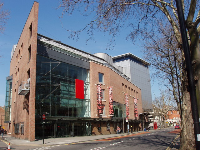 Sadlers Wells Theatre, Rosebery Avenue