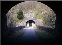 SK1273 : Chee Tor Tunnel by Simon Leatherdale