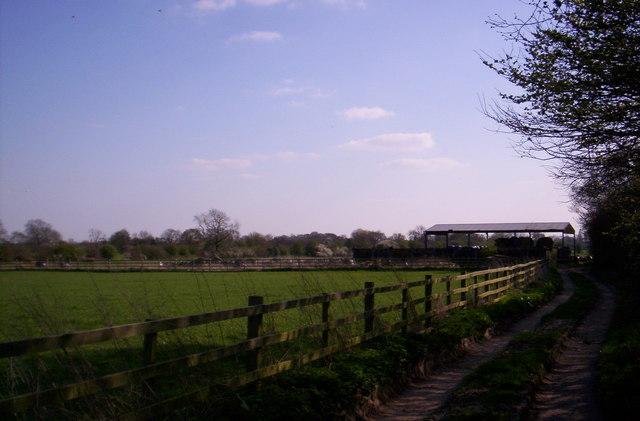 Barn near Anslow