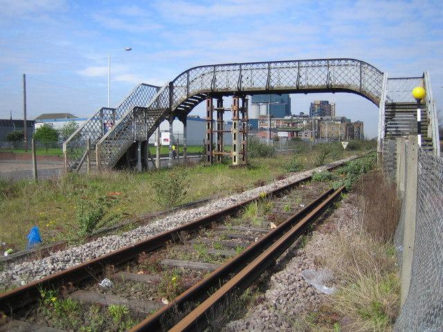 North Woolwich: Factory Road footbridge