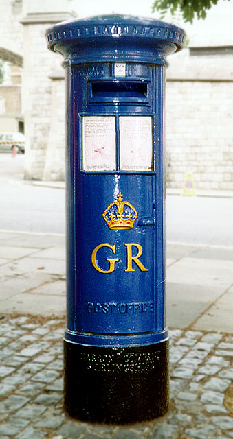 Blue pillar box, Windsor