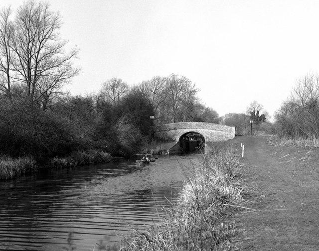 Brunsden Bridge and Lock No 77, Kennet and Avon Canal