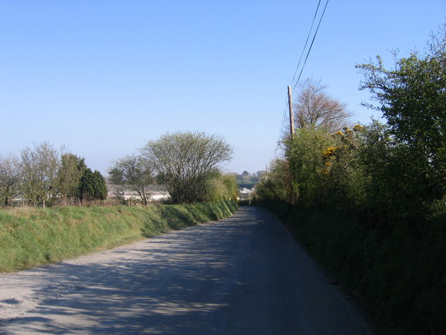 B4321 ger Pentregat / The B4321 near Pentregat