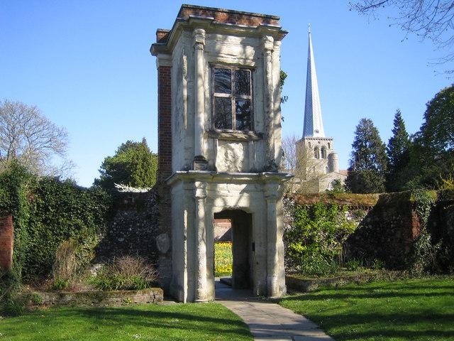 Hemel Hempstead: The Charter Tower