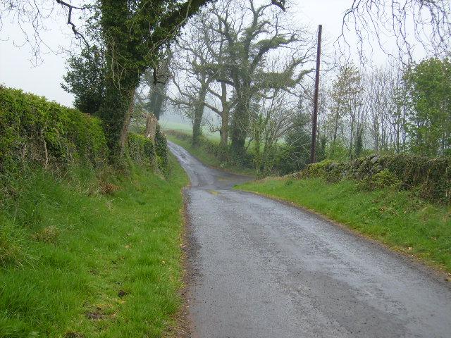 Lane junction in dip near Mc Cubbington Farm