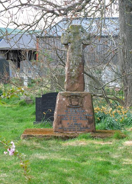 War grave, Kirknewton