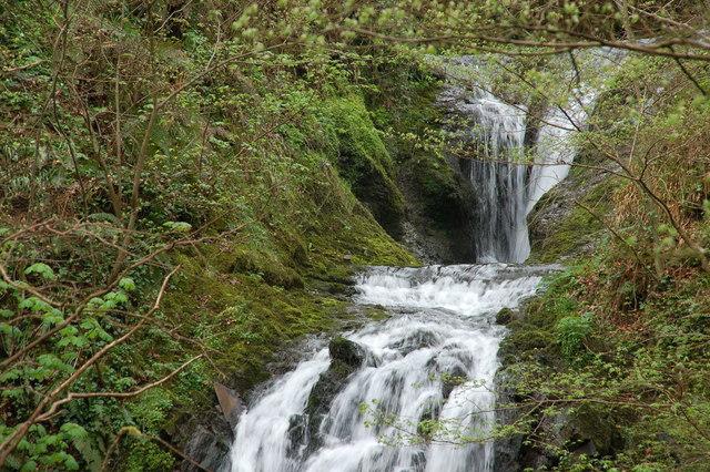Glenoe waterfall (14)