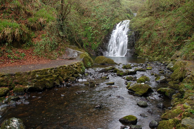 Glenoe waterfall (15)
