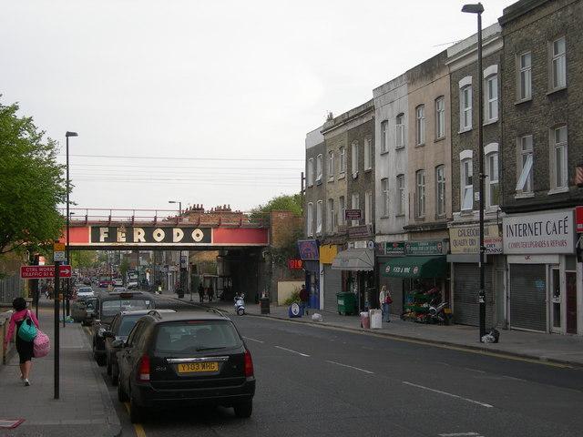 Caledonian Road, N7 (4)